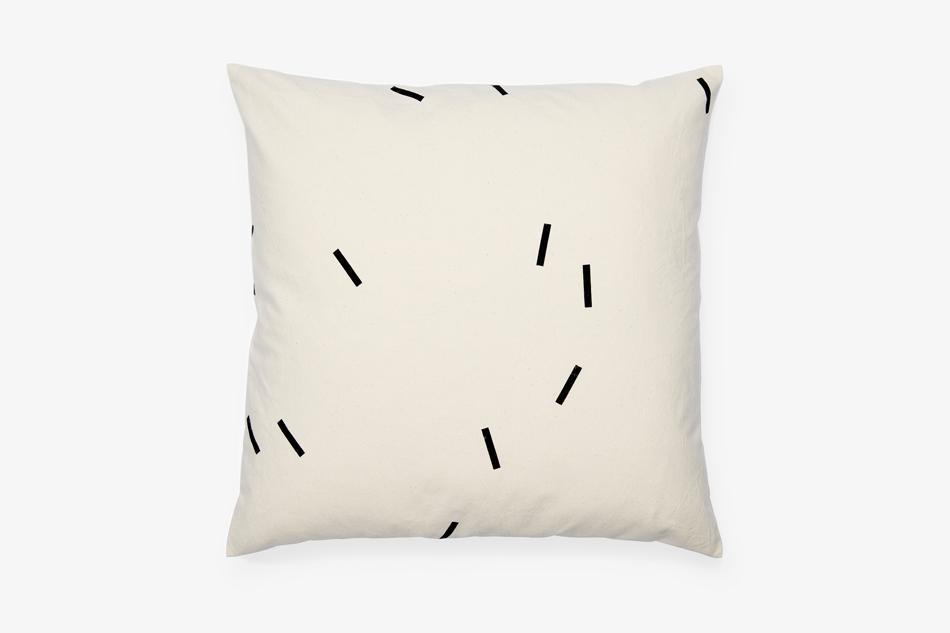 GRAY_Cushion_50x50_Cotton_BlackStripes