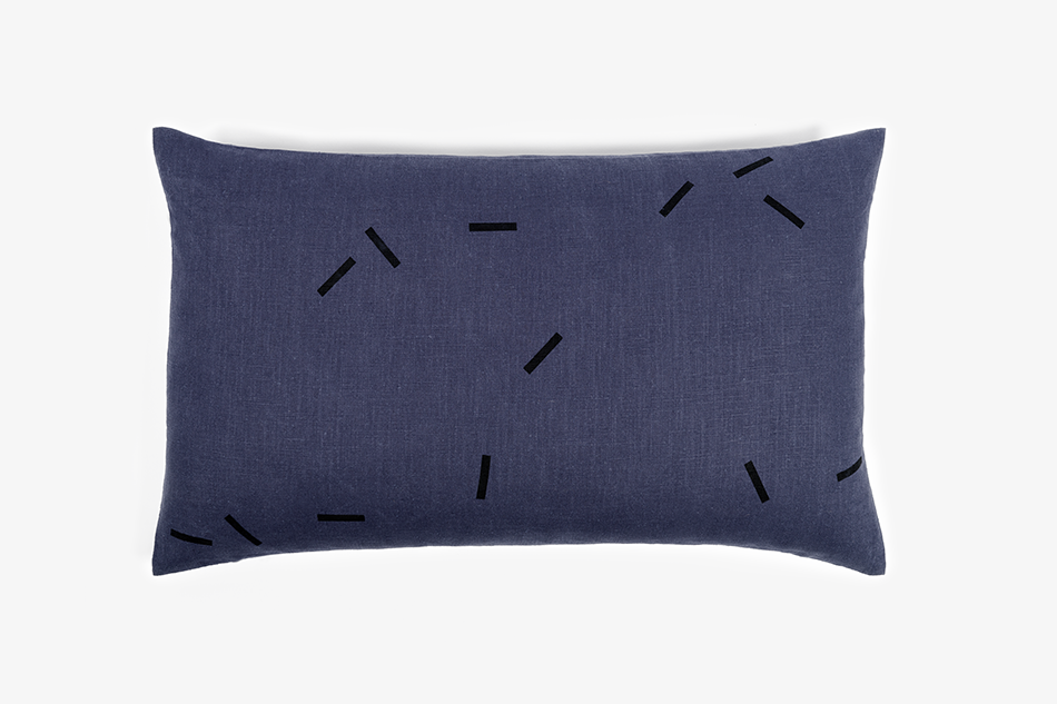 GRAY_Cushion_65x45_DarkBlueLinen_BlackStripes